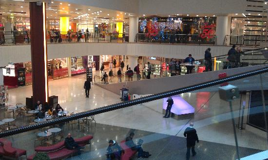 Centro commerciale metropoli aperto 1 gennaio offerte for Metropoli in italia