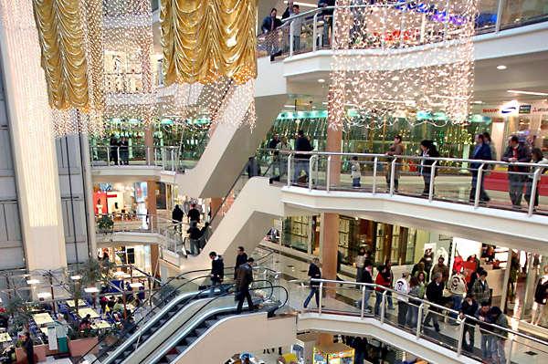 Centri commerciali aperti domenica a Grandate ...