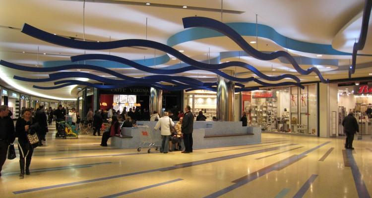 Casa moderna, Roma Italy: Sono aperti i negozi il 26 dicembre