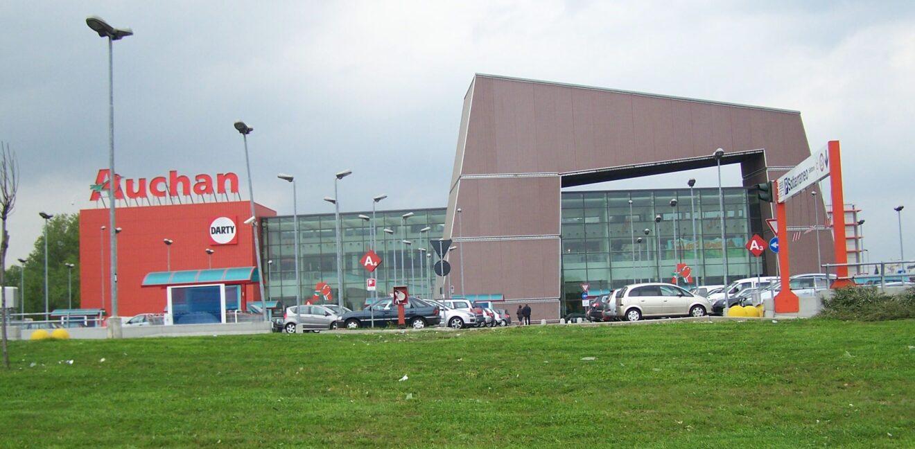 Auchan Napoli aperto giovedì grasso 12 febbraio 2015?