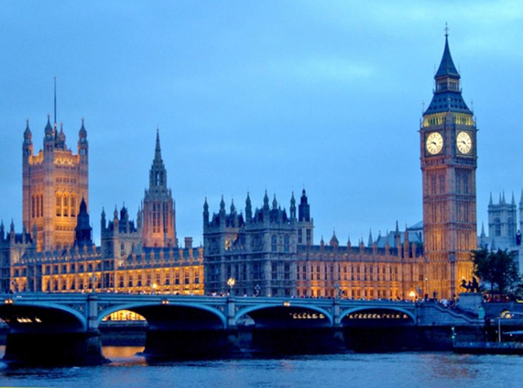 Volo Hotel Londra