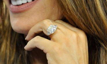 Anello di fidanzamento Tiffany o Cartier: consigli