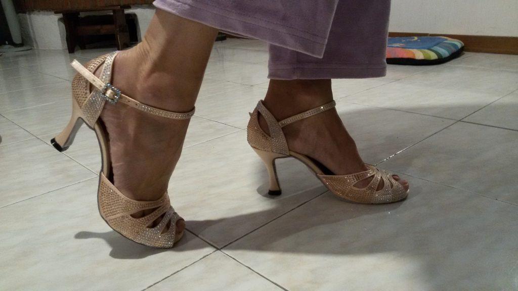 Come scegliere le scarpe da ballo latino
